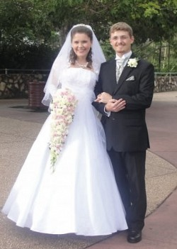 Vladimir and Anna Bigdan<br>on their wedding day in Brisbane, Australia<br>February 10, 2010. Photo credits: Daria Burachek.